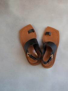 sandals1-2